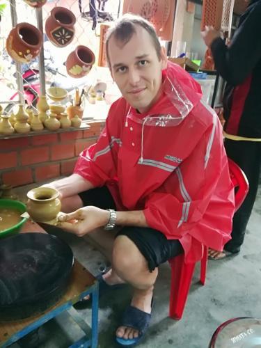Hoi An (Vietnam) - obchůdek s keramickou dílnou
